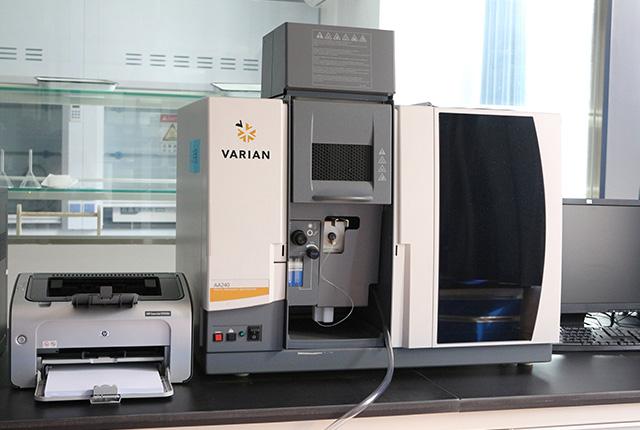 瓦里安原子吸收光谱仪
